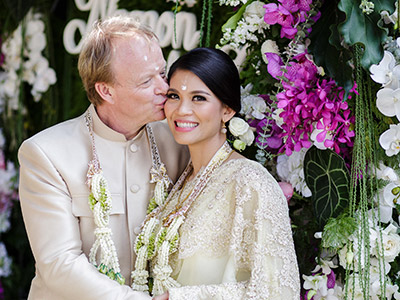 พิธีแต่งงานแบบไทย จัดดอกไม้งานแต่ง